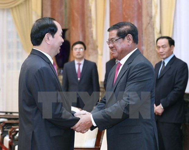 Le president exhorte a booster la cooperation integrale Vietnam-Cambodge hinh anh 1