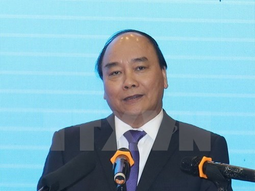 Le PM Nguyen Xuan Phuc participera au Forum economique mondial hinh anh 1