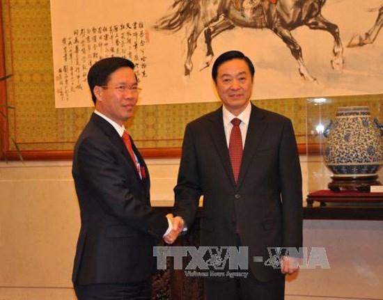 Le Vietnam et la Chine cultivent leur cooperation sur la propagande et l'education hinh anh 1