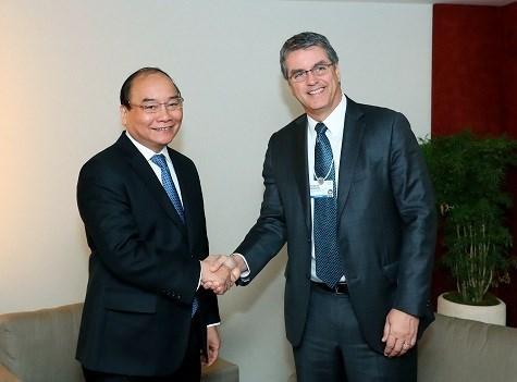 Le PM Nguyen Xuan Phuc termine sa participation au 47e Forum de Davos hinh anh 2