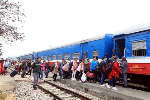 Pourquoi le secteur ferroviaire vietnamien mene petit train hinh anh 1
