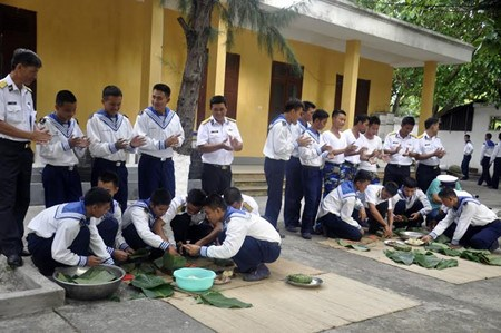 Le district insulaire de Truong Sa attend le Tet du Coq hinh anh 4