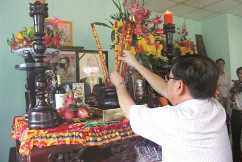 A la (re)decouverte des us et coutumes pour le Tet traditionnel hinh anh 1