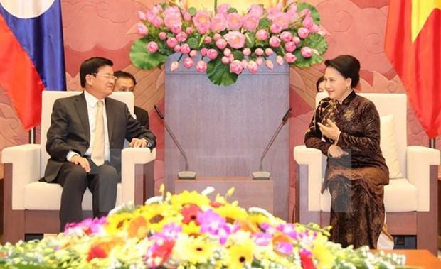 La presidente de l'Assemblee nationale recoit le Premier ministre laotien hinh anh 1
