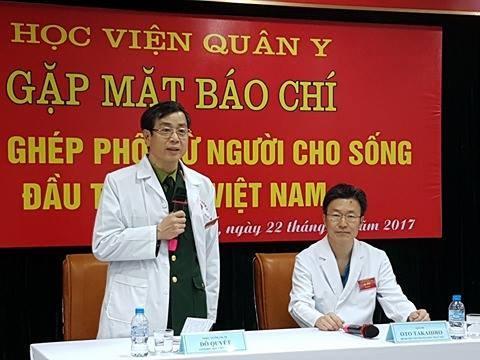 Premiere greffe de poumons a partir de donneurs vivants au Vietnam hinh anh 1