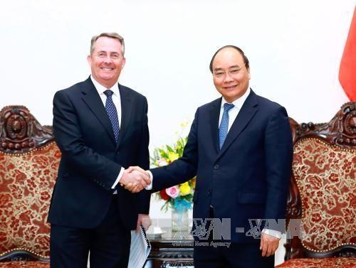 Le PM promet de favoriser les investissements britanniques au Vietnam hinh anh 1