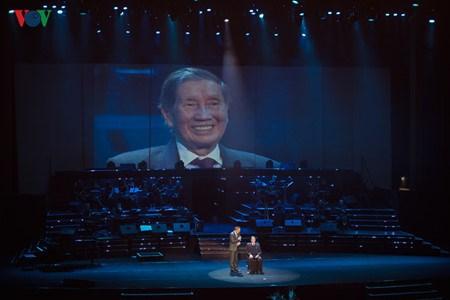Le compositeur Pham Tuyen, celui qui raconte l'histoire en musique hinh anh 2