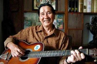 Le compositeur Pham Tuyen, celui qui raconte l'histoire en musique hinh anh 1