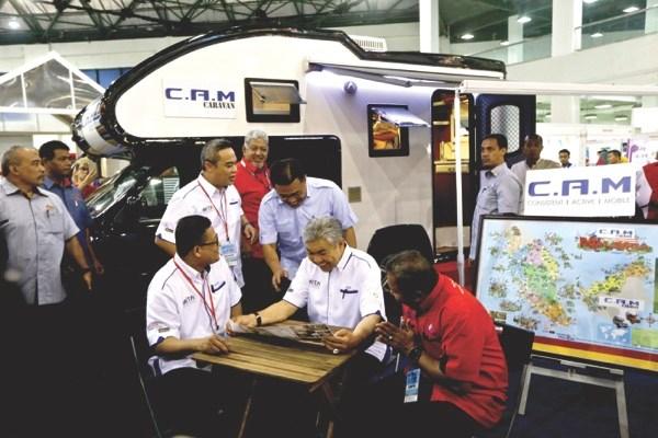 La Malasie ouvrira son 5e centre de traitement des visas en Chine hinh anh 1