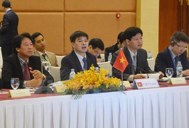Les organes legislatifs du CLMV partagent les experiences sur l'investissement public hinh anh 1
