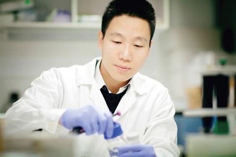 L'alchimie du succes d'un chimiste vietnamien en Hongrie hinh anh 1