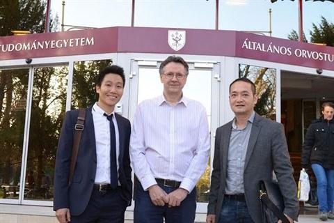 L'alchimie du succes d'un chimiste vietnamien en Hongrie hinh anh 3