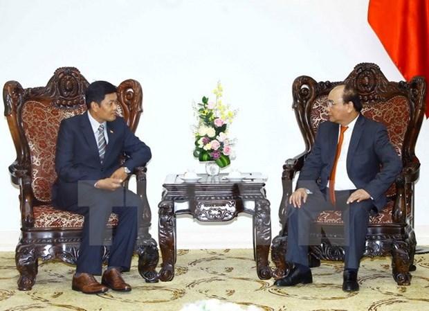 Le PM Nguyen Xuan Phuc recoit l'ambassadeur du Myanmar hinh anh 1