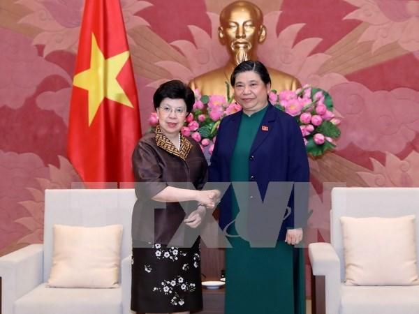 Le Vietnam souhaite le soutien de l'OMS a la formation de medecins hinh anh 1