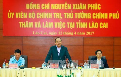 Le chef du gouvernement incite Lao Cai a developper l'economie frontaliere hinh anh 1