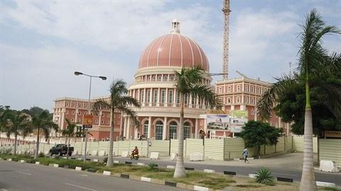 En Angola, les hommes d'affaires vietnamiens veulent y croire hinh anh 1