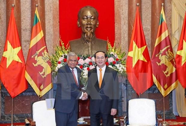 Des dirigeants vietnamiens recoivent le Premier ministre sri lankais hinh anh 2