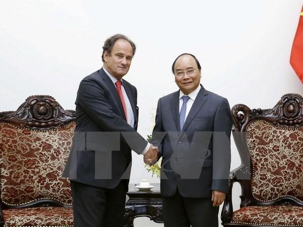 Le PM Nguyen Xuan Phuc recoit le secretaire general de la Cour permanente d'arbitrage hinh anh 1
