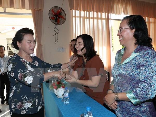 La presidente de l'Assemblee nationale rencontre l'electorat de Can Tho hinh anh 1