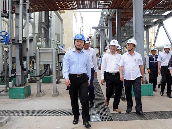 Un ministre inspecte les ouvrages de protection environnementale de Formosa hinh anh 1