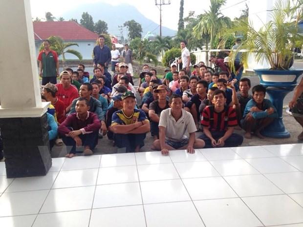 Pres de 580 Vietnamiens arretes pour peche illegale dans les eaux indonesiennes hinh anh 1