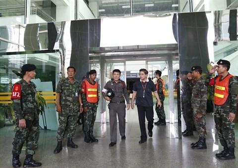 Une bombe fait plus de 20 blesses dans un hopital militaire de Bangkok hinh anh 1
