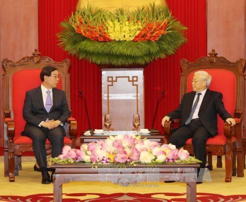 Des dirigeants vietnamiens recoivent l'envoye special du president sud-coreen hinh anh 1