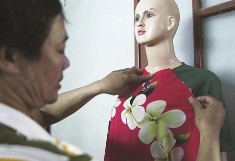 Le village de couture des tuniques de Trach Xa, l'empire du male hinh anh 4