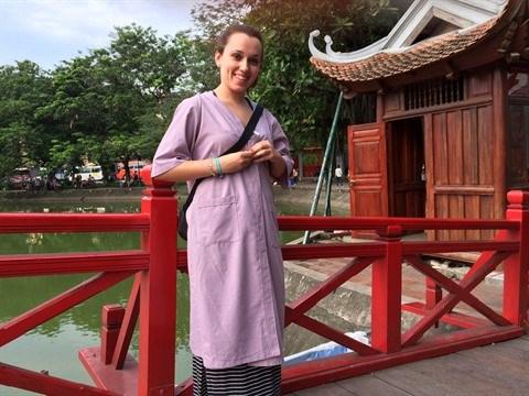 Tenue correcte exigee a l'entree des temples a Hanoi hinh anh 1