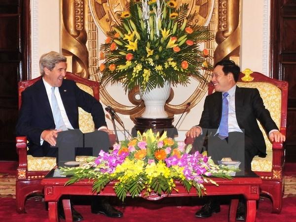 Le vice-PM Pham Binh Minh recoit l'ancien secretaire d'Etat americain hinh anh 1