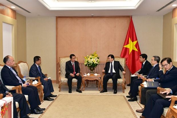 Le Vietnam soutient les infrastructures de technologies de l'information au Laos hinh anh 1