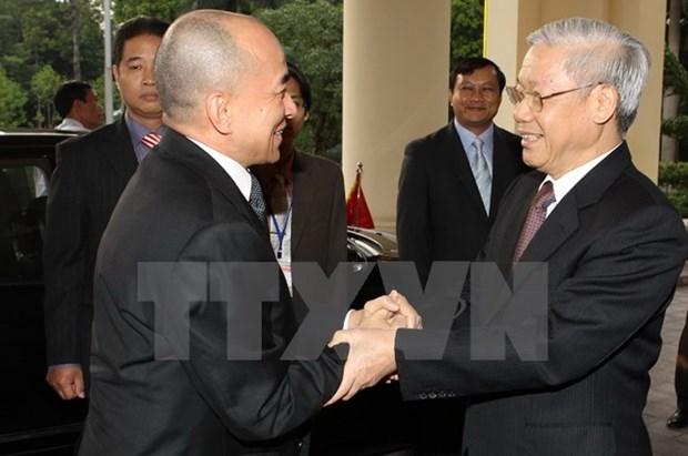 Le Vietnam et le Cambodge se felicitent mutuellement pour les 50 ans des liens hinh anh 1