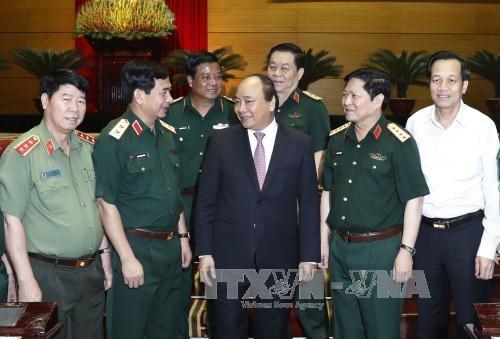 Le Premier ministre Nguyen Xuan Phuc souligne les taches de l'Armee populaire du Vietnam hinh anh 2