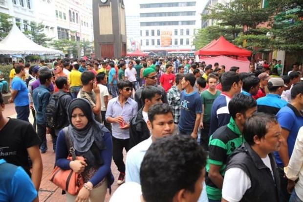 La Malaisie arrete plus de 1.000 travailleurs etrangers illegaux hinh anh 1