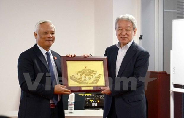 Le vice-president de l'AN Uong Chu Luu en visite de travail au Japon hinh anh 1