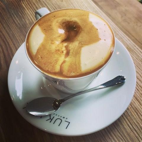 Un cafe a l'œuf s'il vous plait hinh anh 1