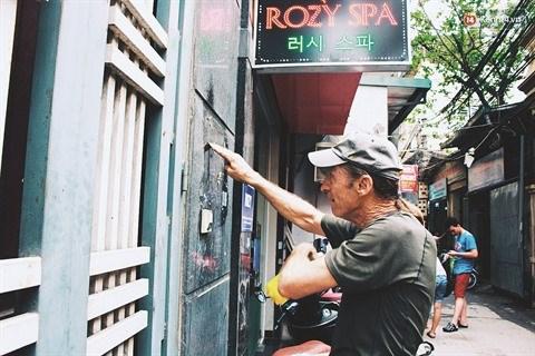 A Hanoi, un veteran americain en operation