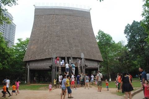 Le Musee d'ethnographie du Vietnam recoit un prix touristique prestigieux hinh anh 2