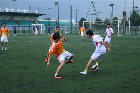 Un tournoi de football d'amitie Vietnam-France qui en appelle d'autres hinh anh 3