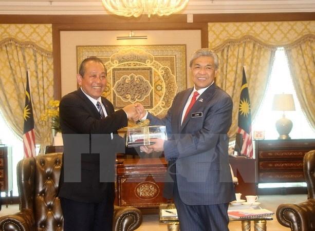 Le vice-PM permanent Truong Hoa Binh en visite officielle en Malaisie hinh anh 1