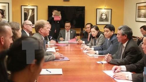 L'Etat americain de Virginie scelle sa cooperation avec six localites vietnamiennes hinh anh 1