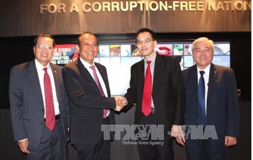 Le Vietnam et Singapour unis contre le terrorisme et l'extremisme violent hinh anh 4