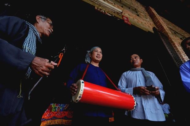 La preservation du chant folklorique de Phu Le sur une bonne note hinh anh 1