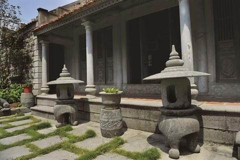 A Ninh Binh, une maison en pierre centenaire qui ne laisse pas de marbre hinh anh 2