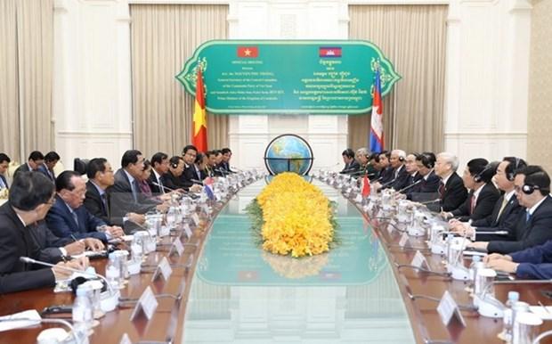 Une nouvelle etape pour les relations Vietnam-Cambodge hinh anh 1