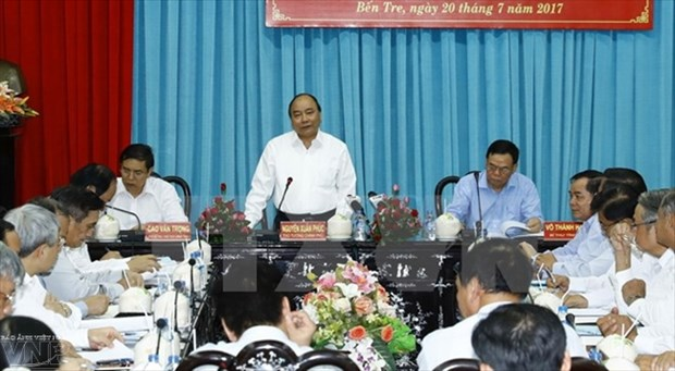 Le PM Nguyen Xuan Phuc exhorte Ben Tre a transformer les defis en opportunites hinh anh 1