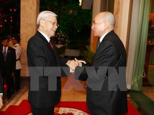 Le leader du PCV adresse ses remerciements au roi Norodom Sihamoni hinh anh 1