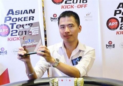 A la table du double champion de l'Asian Poker Tour hinh anh 1