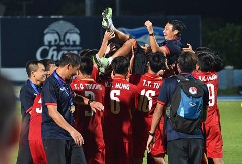 Football : la jeunesse prend le pouvoir hinh anh 2