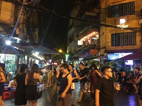 Ta Hien, la rue qui ne dort jamais a Hanoi hinh anh 1